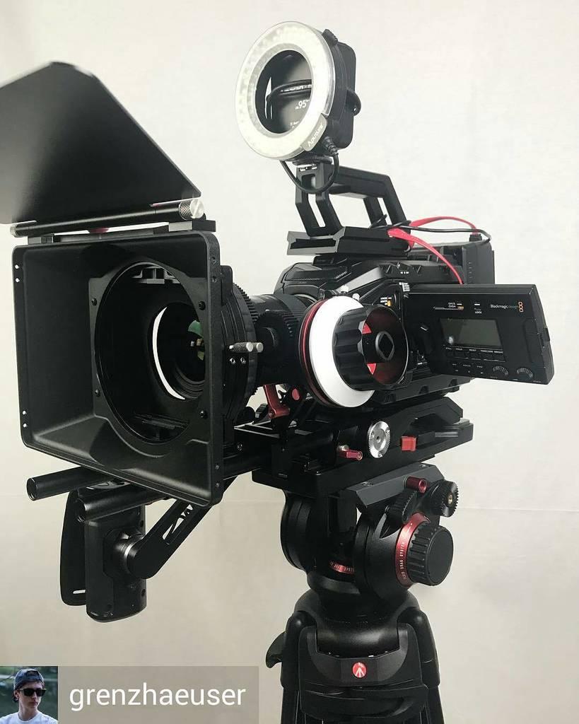 CAME-TV Blackmagic URSA Mini Shoulder Rig  15mm Blackmagic Design Shoulder Mount