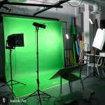 INSTAGRAM: @kalok.ho lighting up a green screen on a recent shoot using one of our #Cametv #Boltzen #Led #Fresnel Lights! #CametvBoltzen #Cameboltzen #Boltzenlight #boltzensnap1 #greenscreen #Fresnellight #Ledlight